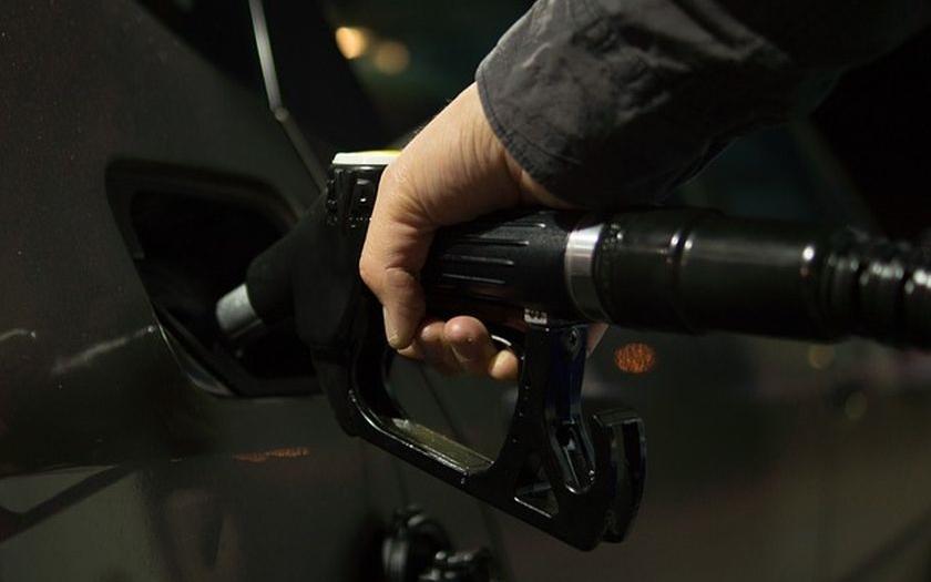 Konflikt mezi Saúdskou Arábií a Íránem může vést ke zdražení ropy