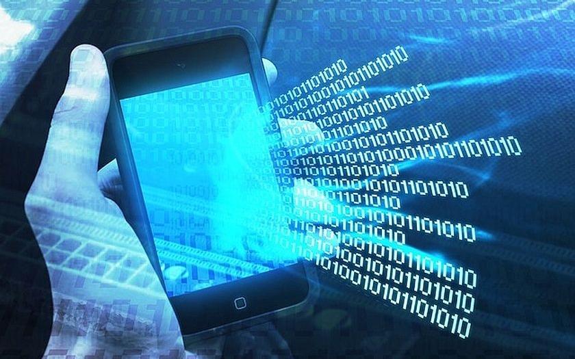 Antivir v mobilu používá méně než polovina studentů v Česku, smartphone přitom má 96 % z nich