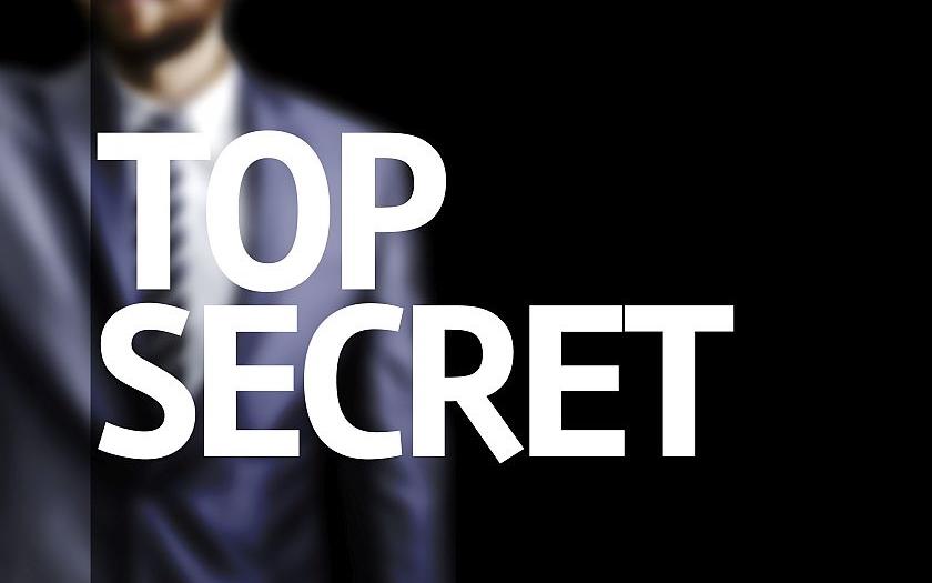 Všechny české tajné služby budou kontrolovat &quote;důvěryhodné a veřejností respektované osoby&quote;