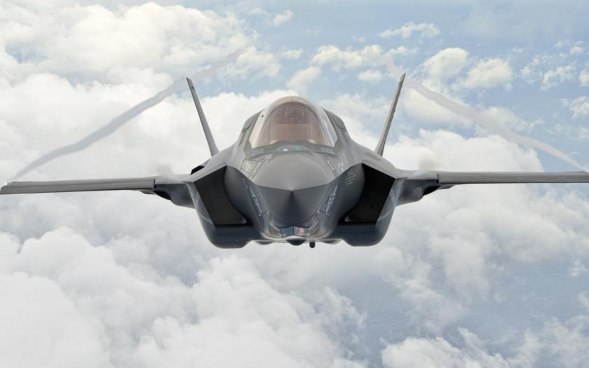 Letouny F-35 podle USA Erdoganovi ,,do ruky&quote; nepatří. Jaké jsou důvody?