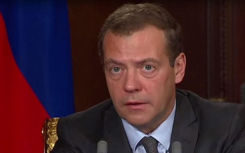 Medveděv označil sankce USA za konec nadějí na zlepšení vztahů
