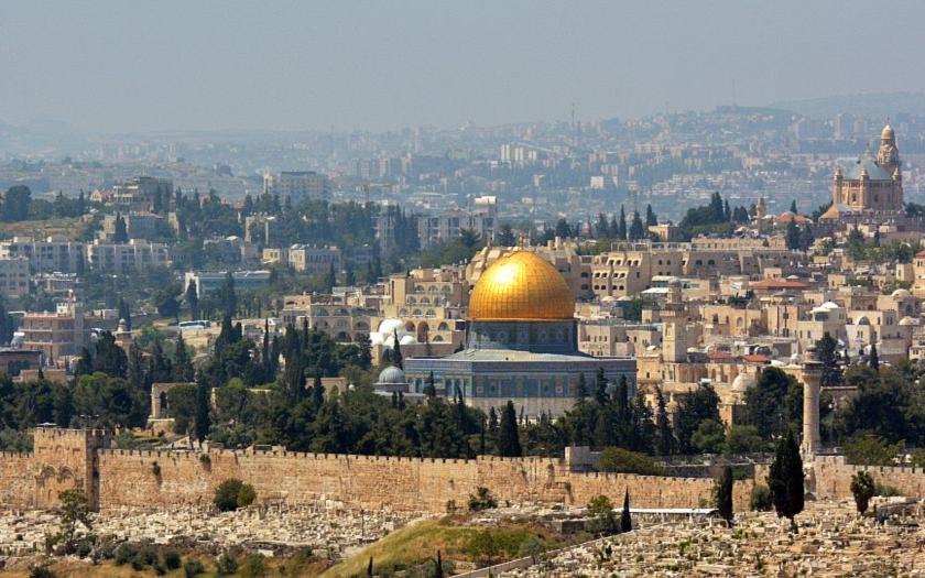Palestinci opět zaútočili proti Židům. Všichni byli zastřeleni.