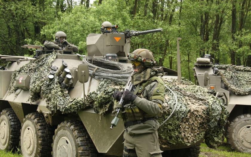 Rakouští vojáci mají zasahovat proti násilnému překročení hranic
