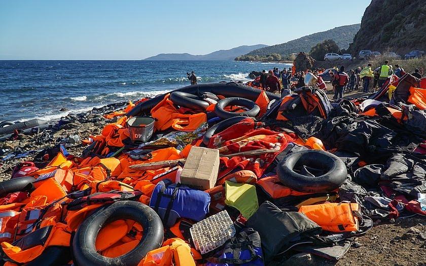 Na Evropu se valí uprchlická tsunami. Čeká nás humanitární katastrofa, tvrdí UNHCR
