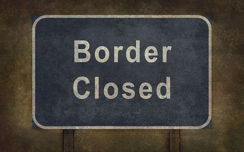 Imigranti mohou nelegálně překračovat státní hranice. Nesmějí za to být vězněni. Tak rozhodl Soudní dvůr EU