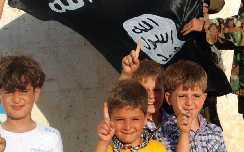 Europol varuje před &quote;novou generací&quote; džihádistů. IS připravuje k útokům děti