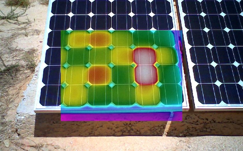 Termokamery testují fotovoltaické panely a elektrárny