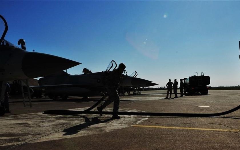 USA evakuují rodinné příslušníky amerických vojáků z Turecka