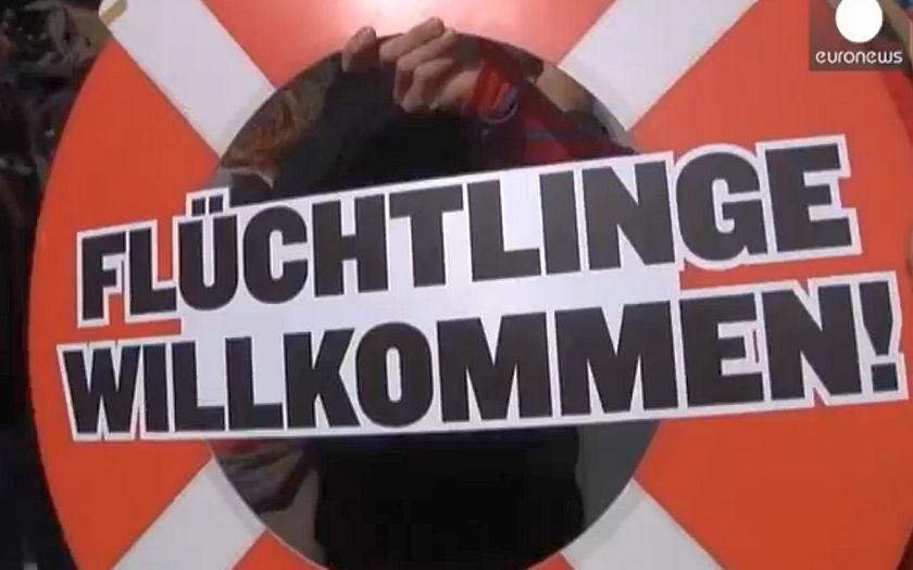 Stovky aktivistů demonstrovalo u Brenneru - nesouhlasí s uzavřením hranic