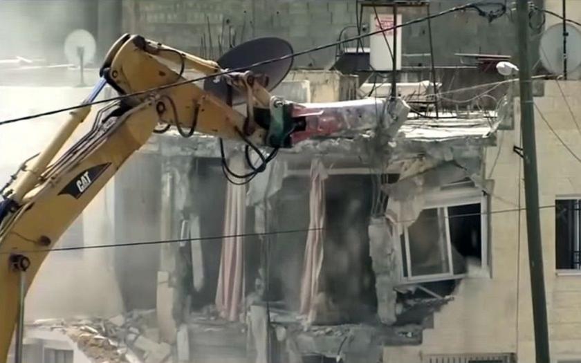 Izraelská armáda zbořila rodinné domy tří palestinských teroristů