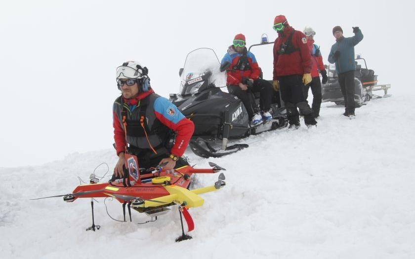 Dron jako další záchranář Horské služby.