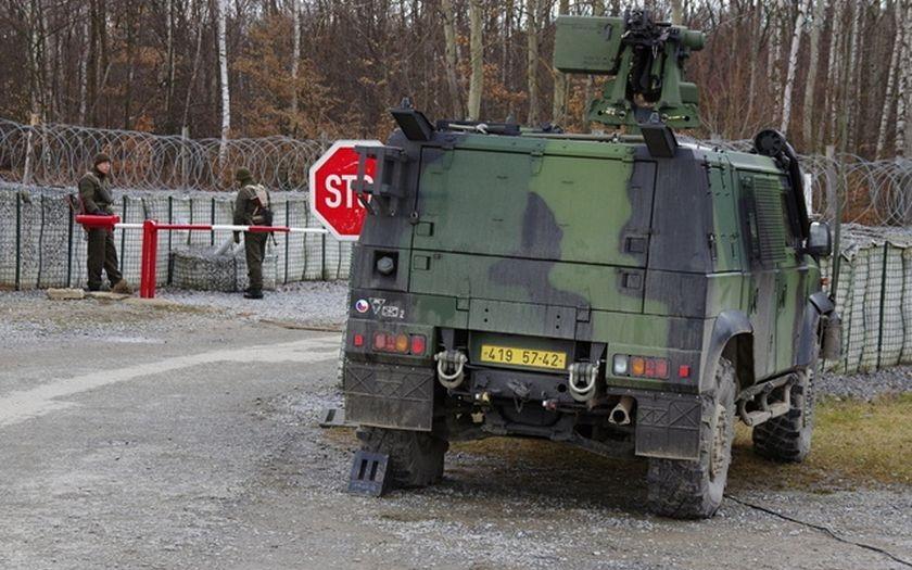 150 vojáků české armády nacvičovalo ostrahu hranic pro případ krize