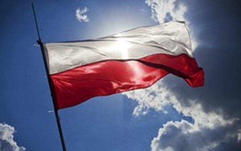 Poláci na rozdíl od naší vlády nestáhli před Norskem kalhoty