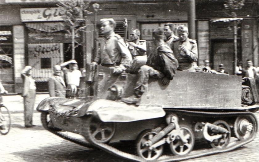 Ve druhé světové válce zahynulo téměř 9 miliónů vojáků Rudé armády