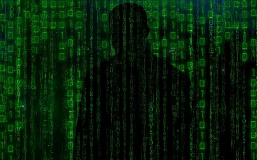 Vojenská tajná služba má sledovat český internet i útočit v kyberprostoru