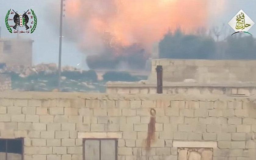 Teroristi znovu útočia na Aleppo. Podla ruského ministerstva obrany nasadili aj chemické zbrane.