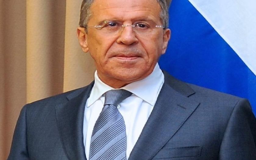 Lavrov: Válečná hysterie kolem KLDR vede svět do záhuby