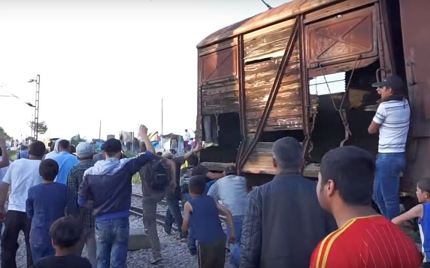 Tábor v Idomeni bude evakuován. Řecká policie očekává nepokoje