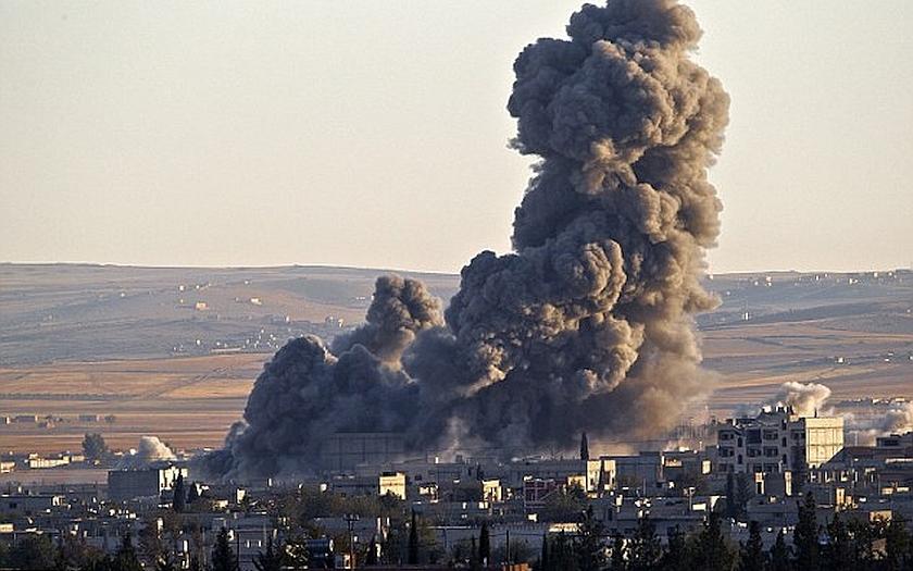 ISIS používa civilistov ako ľudské štíty pri obrane Fallúdže.