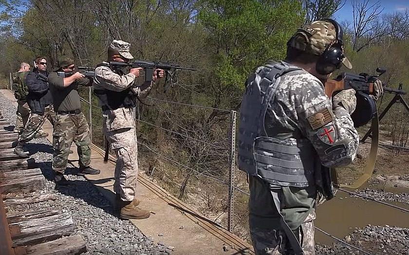 &quote;Ozbrojen a nebezpečný&quote;- v Texasu sílí protimuslimské nálady