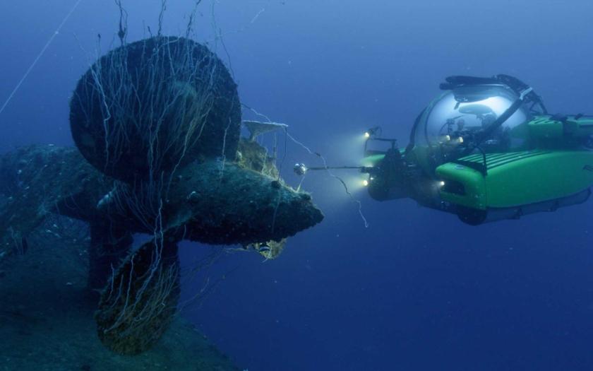 Hřbitov lodí v atomové hlubině u atolu Bikini