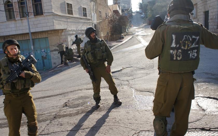 Izrael hlásí čtyři útoky Palestinců za 24 hodin. Všichni byli na místě zastřeleni