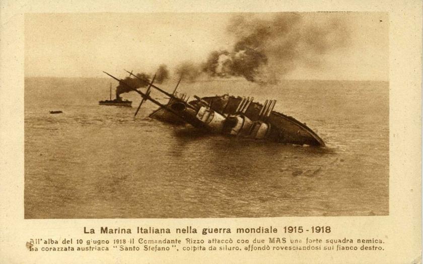 KUK Marine - zkáza rakousko-uherské bitevní lodi SMS Szent István na videu