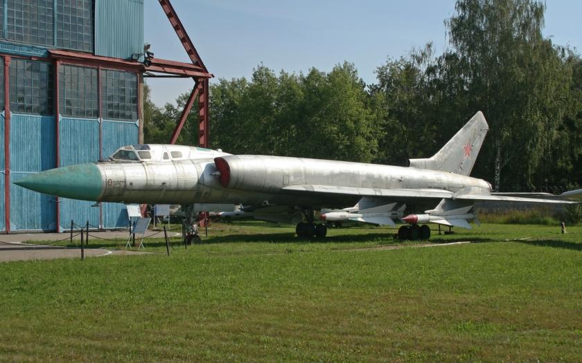 Největší a nejtěžší stíhač světa: Tu-128