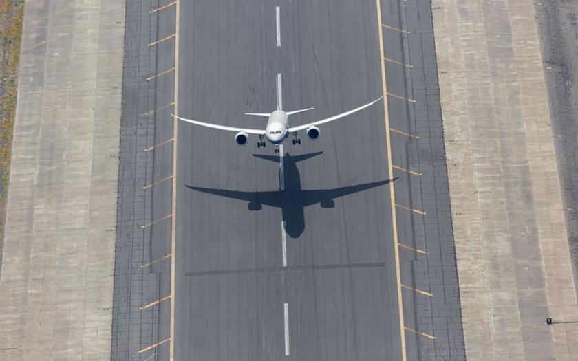 Video:Kolmý start dopravního Boeingu 787 Dreamliner