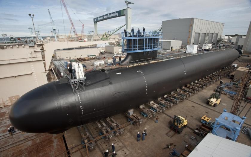 Nová útočná ponorka budoucnosti USS Oregon byla pokřtěna