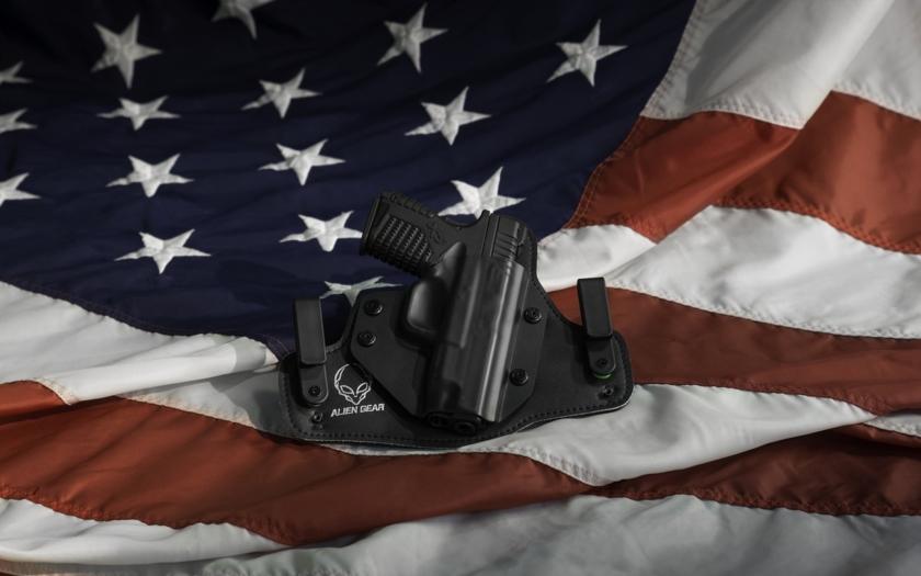 Masakr v Las Vegas názor Američanů na držení zbraní nezměnil