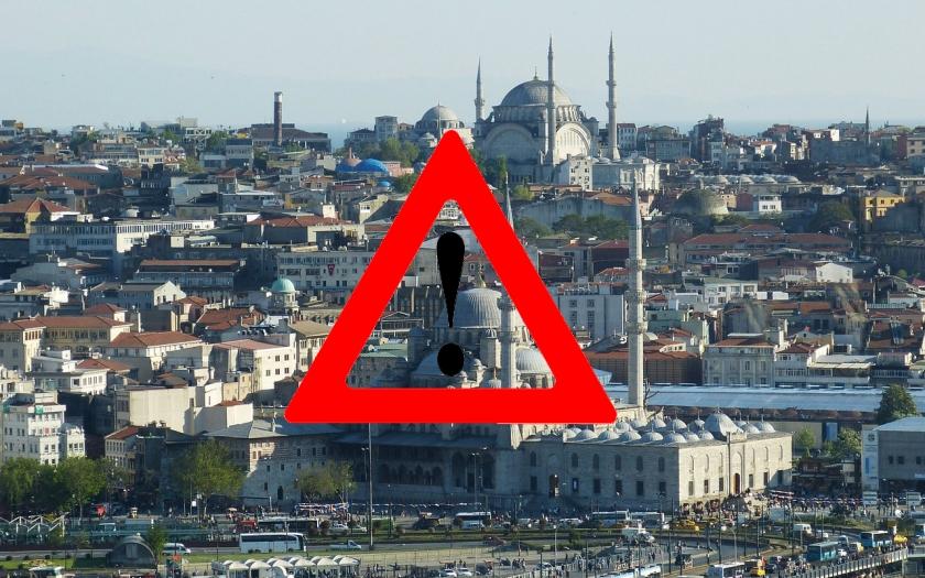 České ministerstvo zahraničí varuje při cestách do Turecka. Vyhněte se Ankaře a Istanbulu, noste u sebe pas