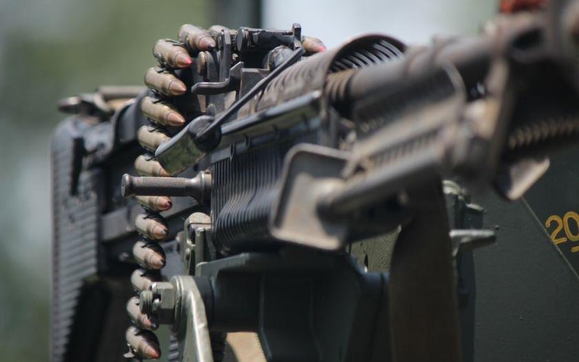 Srbsko i Slovensko obhajuje dodávky zbraní do Saúdské Arábie