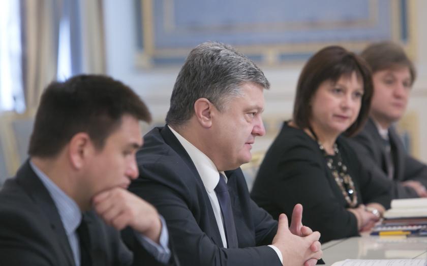 Ukrajinská krize: Bojová pohotovost ukrajinské armády u poloostrova Krym