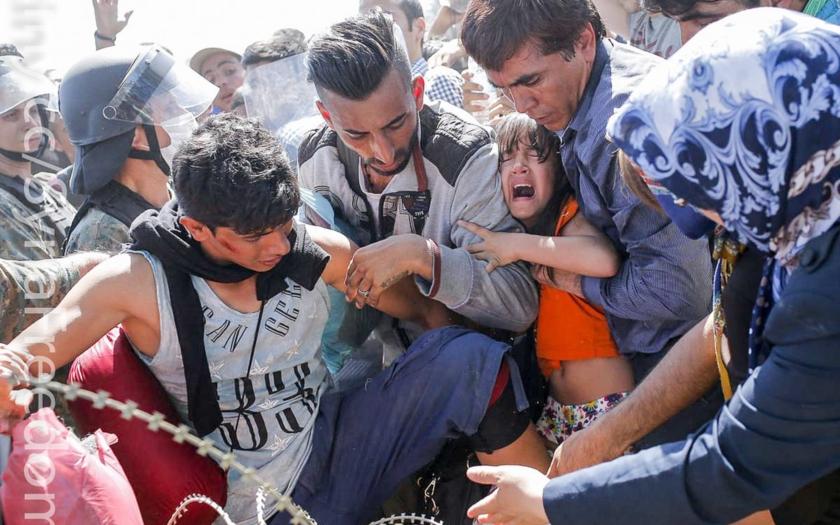 Rakouský ministr zahraničí: Řešením uprchlické krize je trvalé uzavření hranic na Balkáně