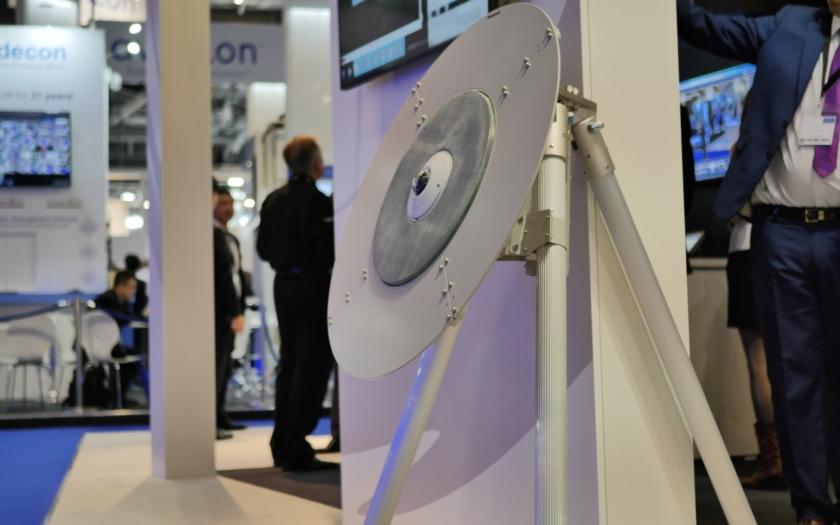 Prototyp vyhledávače dronů od Panasonicu sníží riziko napadení drony