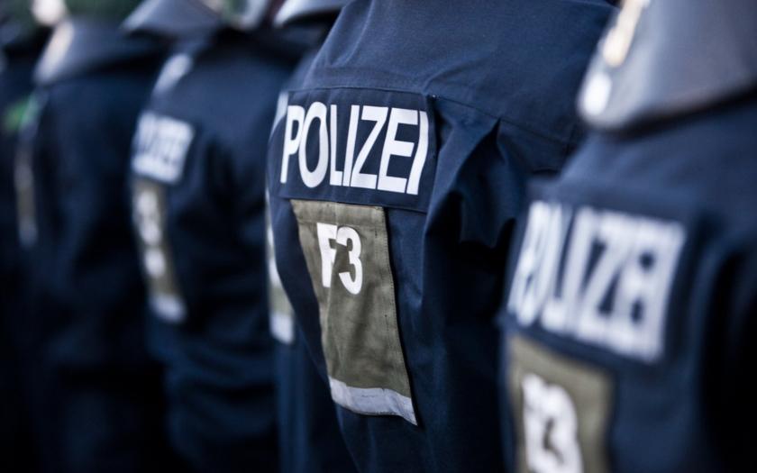 Video: V Sasku vypukly nepokoje mezi Němci a uprchlíky &quote;Bautzen je náš!&quote;