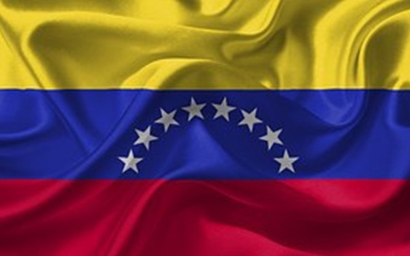 VIDEO: Venezuela zadržela reportéra deníku Miami Herald. Nervozita režimu stoupá