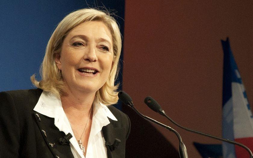 Le Penová: Pokud se stanu prezidentkou, vyhlásím referendum o odchodu Francie z EU