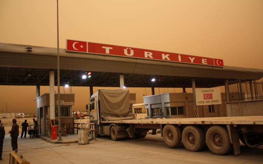 Turci se stahují ze Sýrie, syrsko-tureckou hranici vyčistili od islámistů