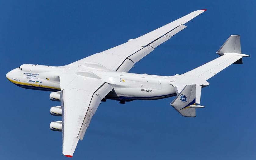 Čína a Ukrajina obnoví výrobu největšího letounu světa An-225 Mrija