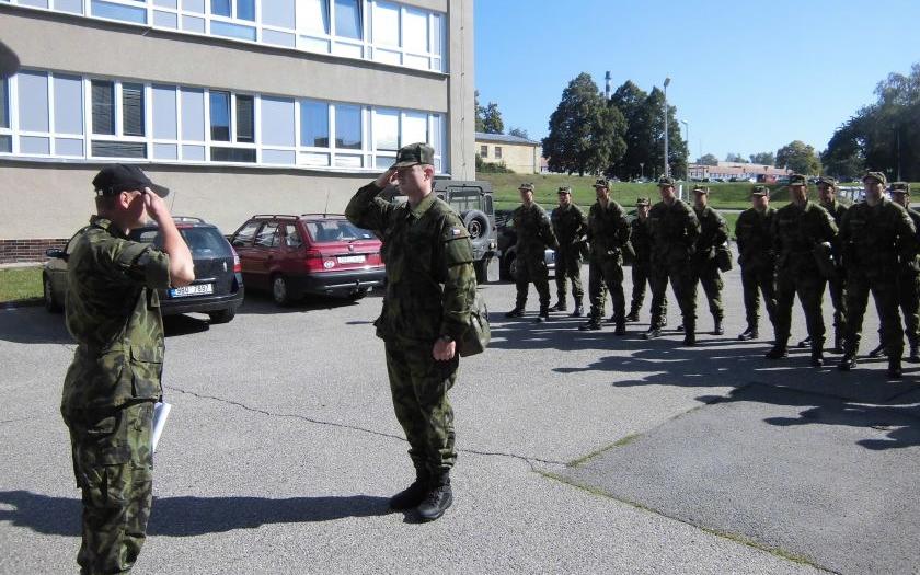 Exkluzivně pro Security magazín vojín M. shrnul šestý  - závěrečný týden kurzu základní přípravy AZ AČR ve Vyškově