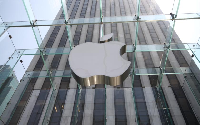 Apple dnes zřejmě představí zcela nový iPhone