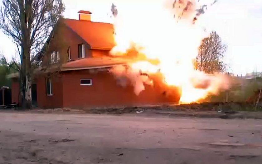 Video: Ruská policie vyhodila do vzduchu ilegální muslimskou modlitebnu