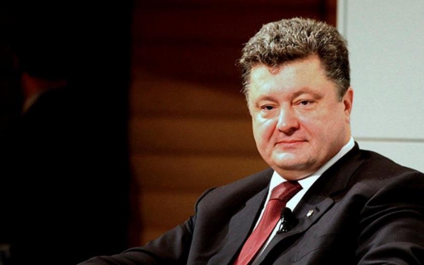 Moskva se podle Porošenka chystá k velké válce