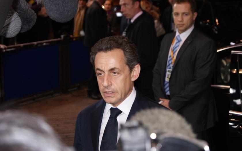 Sarkozy: Francouzští občané podezřelí z vazeb na radikály do detenčních zařízení