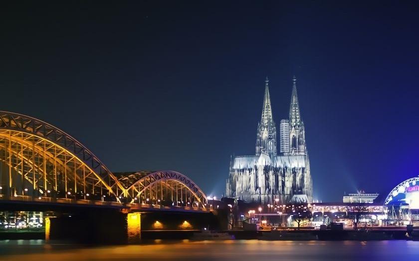 Silvestrovské oslavy v Kolíně nad Rýnem budou ve znamení plotů a kontrolních stanovišť