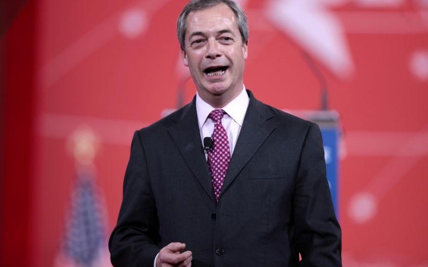 Nigel Farage se vysmál Junckerovu plánu evropské armády a vzkazuje Britům: &quote;Nevěřili jste mě!&quote;