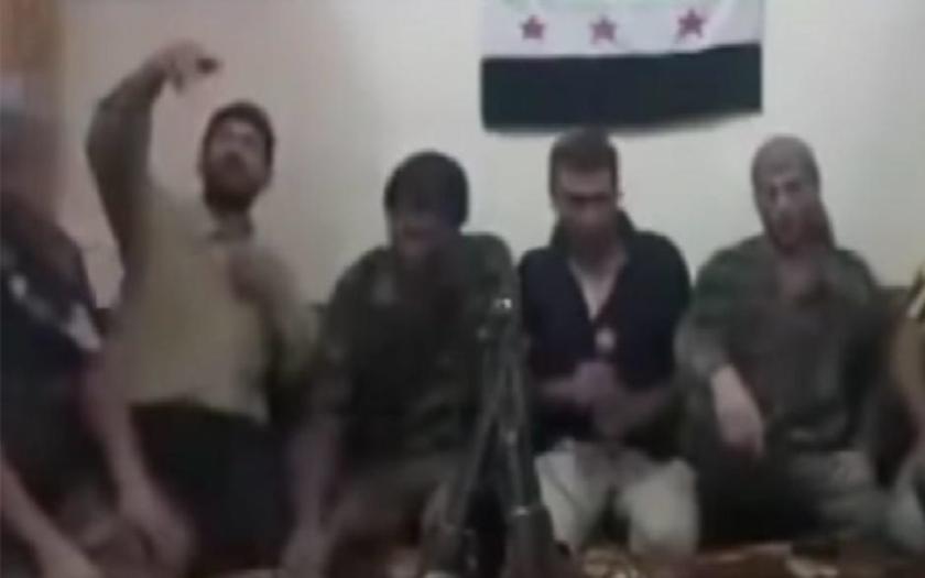 Smrtelné selfie, sýrski povstalci spustili omylom výbuch