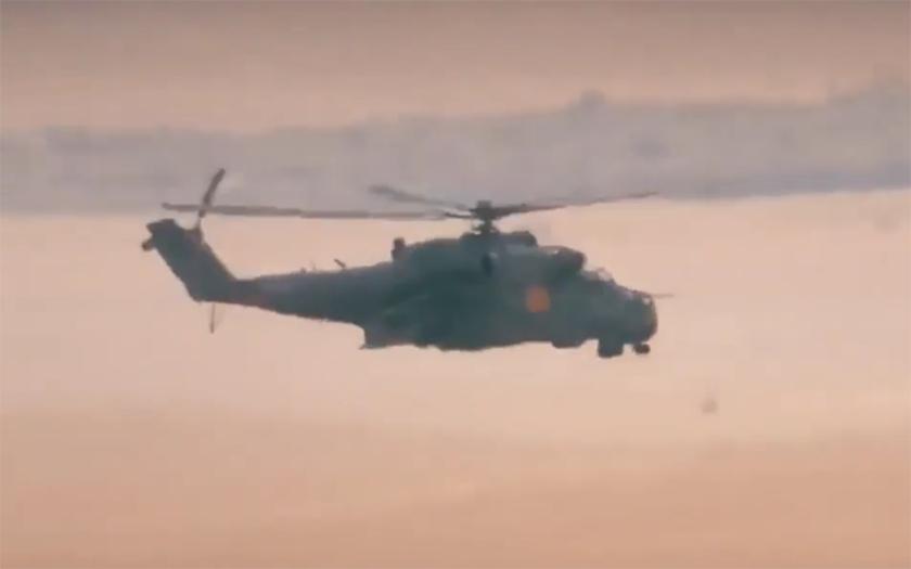 ISIS zveřejnil nové video sestřelu vrtulníku Mi-25 s ruskou posádkou